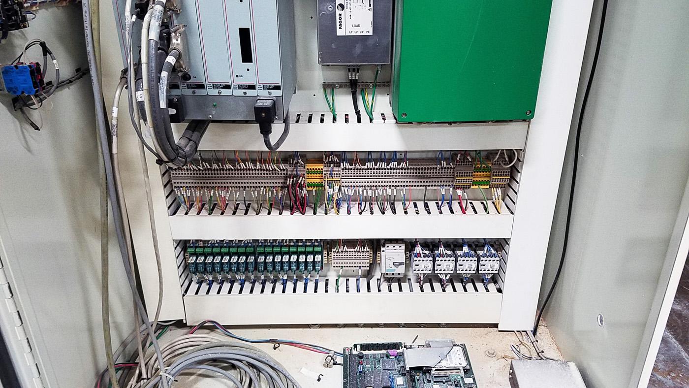 Quintax 5 Axis CNC Router E517