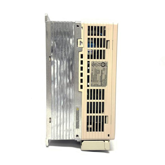 Yaskawa V1000 CIMR-VU2A0040FAA-134 AC Drive 4