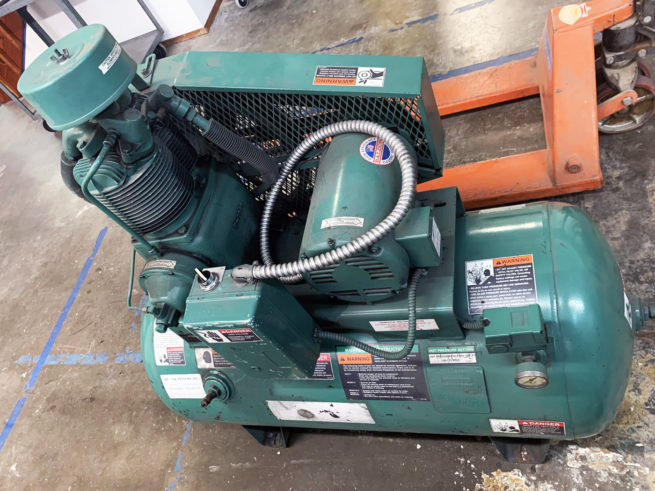 Champion Pnuematic Machinery Air Compressor 2