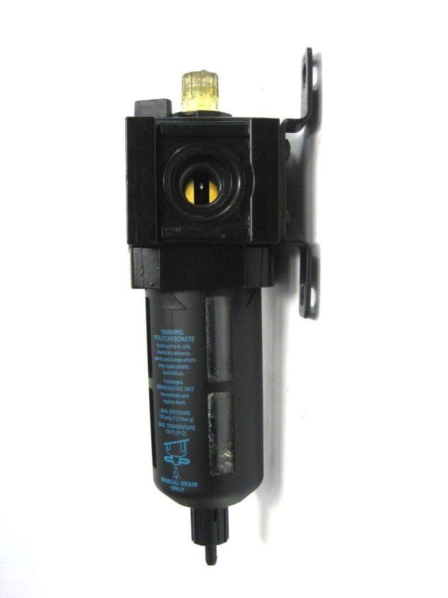 Wilkerson L18 D3 LK00 Lubricator 222117325561 2