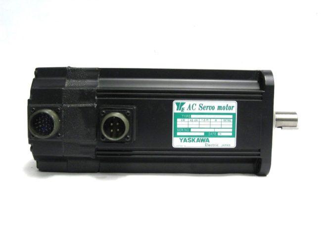 Yaskawa USAFED 12 HL11 AC Servo Motor 115 kW 56A 322103273041 2