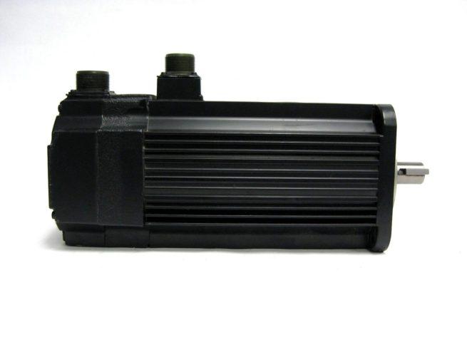 Yaskawa USAFED 12 HL11 AC Servo Motor 115 kW 56A 322103273041 3