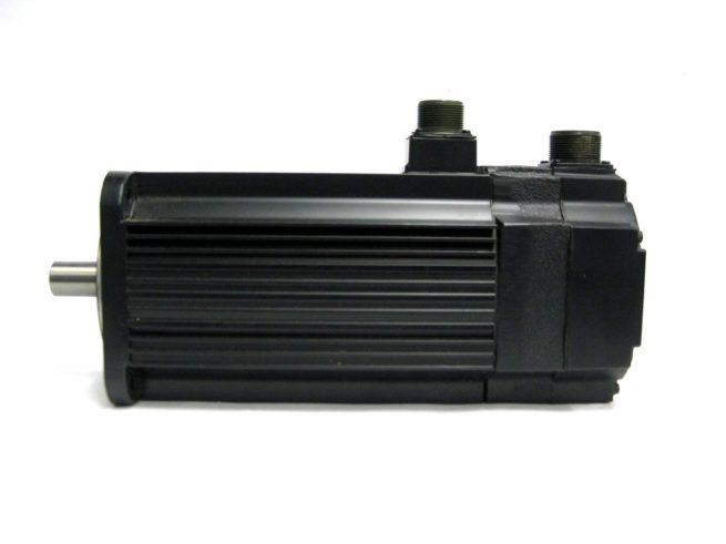 Yaskawa USAFED 12 HL11 AC Servo Motor 115 kW 56A 322103273041 4