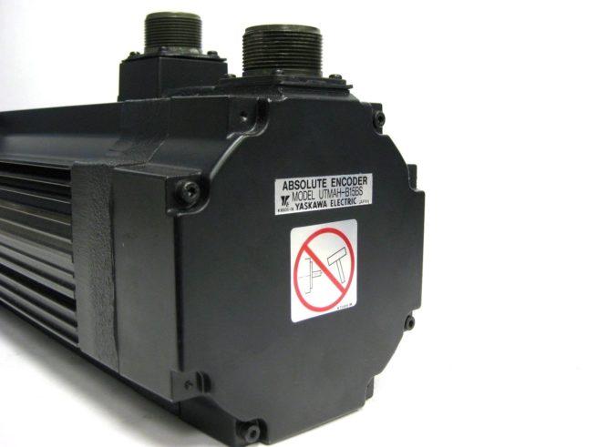 Yaskawa USAFED 12 HL11 AC Servo Motor 115 kW 56A 322103273041 8