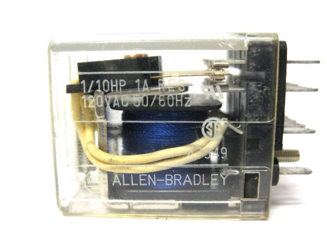 Used Assortment of Relays and Omron Relay Sockets Lot 322479602344 6