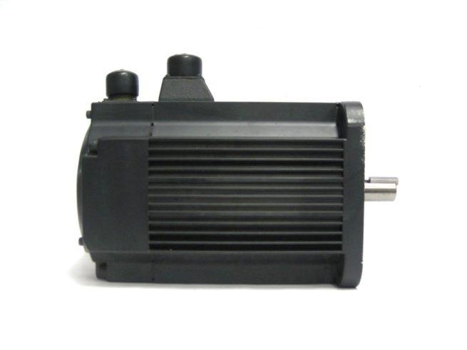 Yaskawa USAFED 22 HL11 AC Servo Motor 22kW 86A 322104495146 5