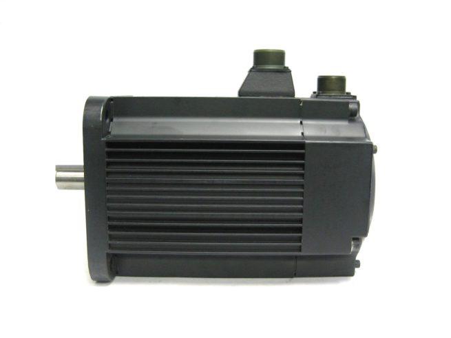 Yaskawa USAFED 22 HL11 AC Servo Motor 22kW 86A 322104495146 6