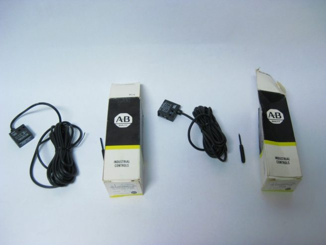 New IR Photoswitch Emitter and Receiver 4SML 7100 4SMR 7101 322571074547