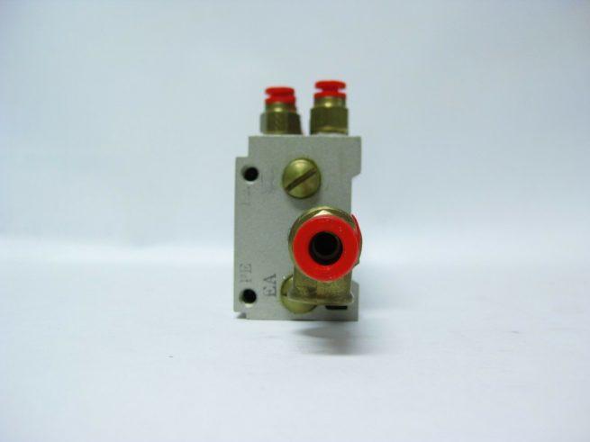 SMC 12 Position Pneumatic Manifold Block w SMC Push Fit Connectors 222556658368 4